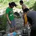 準備煮火鍋