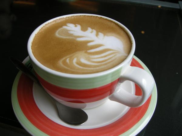 老闆娘請喝咖啡