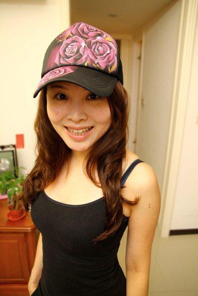 我的帽帽有了美女主人