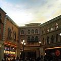 威尼人購物中心一景
