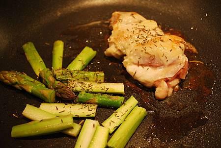 百里香嫩雞排 Thyme Chicken