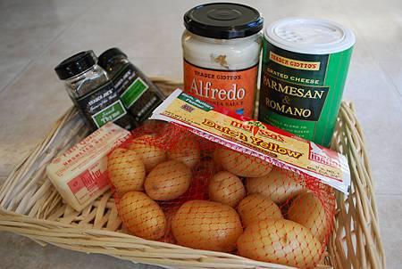 香草白醬焗馬鈴薯 Baked Potatoes w/ Creamy Herb