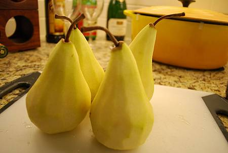 紅酒燉鴨梨 Poached Pears In Red Wine