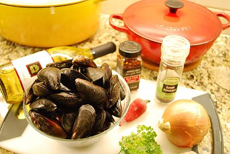 白酒淡菜 Mussels in White Wine