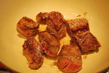 聖派翠克節來啦~經典安撫食物之愛爾蘭燉牛肉 Irish Beef Stew