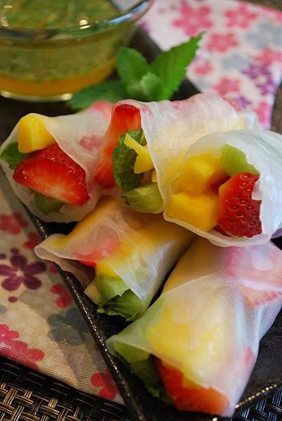 聽見春綻放之鮮果米紙春捲 Tropical Fruits Spring Rolls