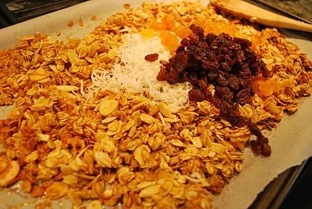 早餐新主張之葡萄杏桃乾格蘭諾拉烤燕麥 Raisin and Apricot Granola