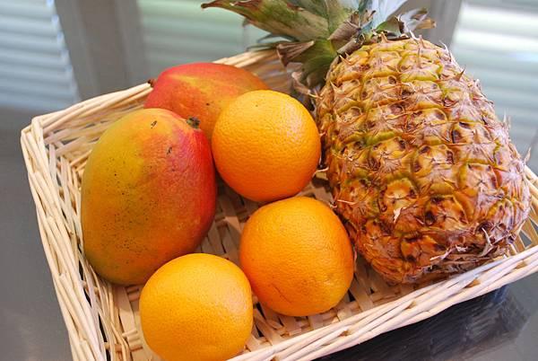 「鳳梨芒果」的圖片搜尋結果
