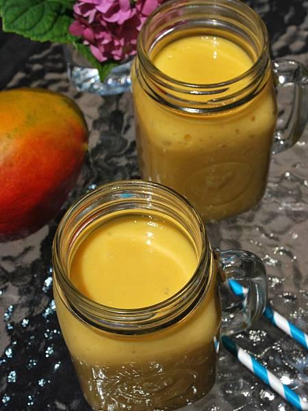 熱情海洋之芒果鳳梨奶昔 DIY Mango-A-Go-Go Smoothie