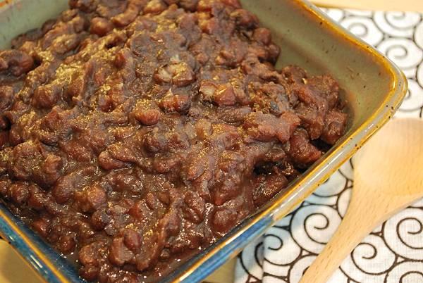 抹茶豆漿奶酪佐自製蜜紅豆 Matcha Soymilk Panna Cotta w/ Sweet Red Beans