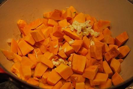 陽光午後暖暖輕食~南瓜濃湯 Easy Pumpkin Soup