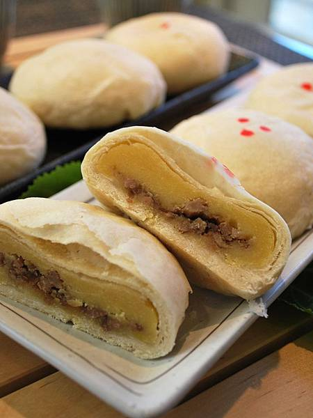 台式月餅~滷肉綠豆椪 Minced Pork & Mung Bean Pastry (Moon Cake)