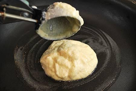 絲絨般清爽體驗:檸檬瑞可達起司鬆餅 Lemon Ricotta Pancakes