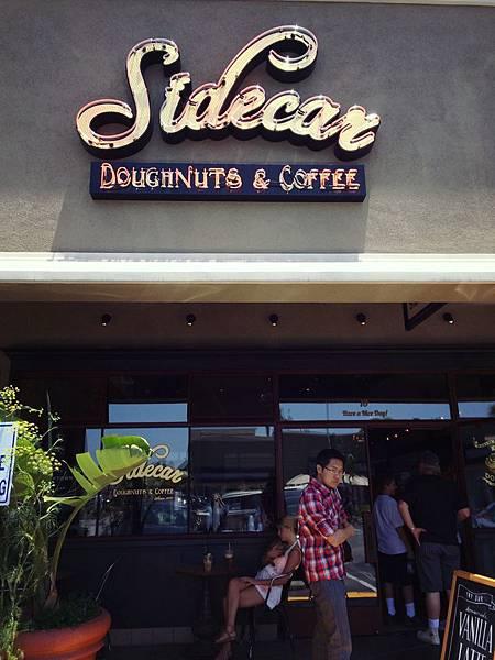 號稱世界上最新鮮的甜甜圈 Sidecar Doughnuts