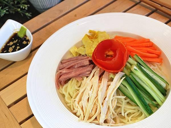 鹽麴雞絲中華涼麵 Chiese-Style Cold Noodle w/ Shio Koji Dressing