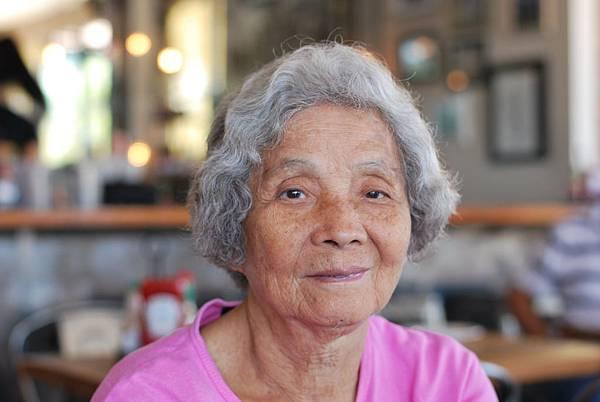 如何帶八十歲阿嬤壯遊加州? Grandma in California