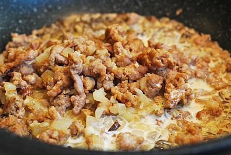 提早感受秋意濃:蘑菇香腸奶醬耳朵麵 Orecchiette alla Norcina