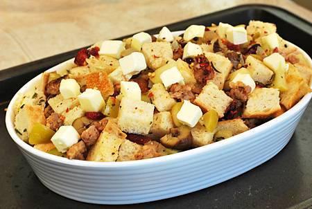 比火雞更期待的:香腸栗子蘋果填料 Sausage, Chestnut and Apple Stuffing