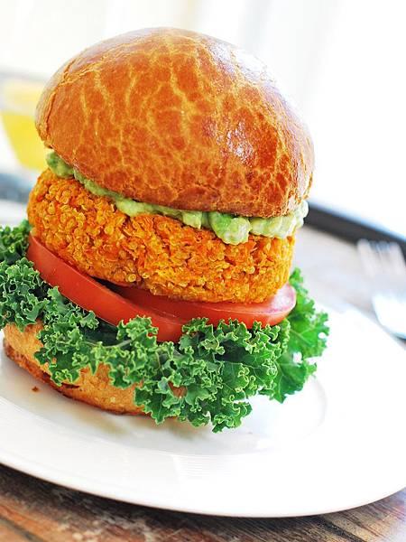 開春歡喜吃健康:藜麥鷹嘴豆漢堡 Quinoa & Chickpea Burgers