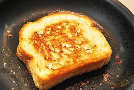 美國人最愛午餐:蕃茄濃湯與起司三明治 Creamy Tomato Soup w/ Grilled Cheese