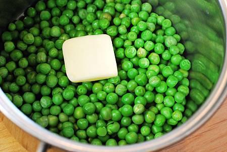 愛爾蘭的寶藏盒:英式啤酒牛肉派佐豌豆泥 Steak & Guinness Pie w/ Mushy Peas