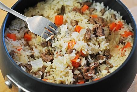 跟著舌尖去新疆:孜然烤羊肉串佐手抓飯 Cumin Lamb Skewers w/ Rice Pilaf