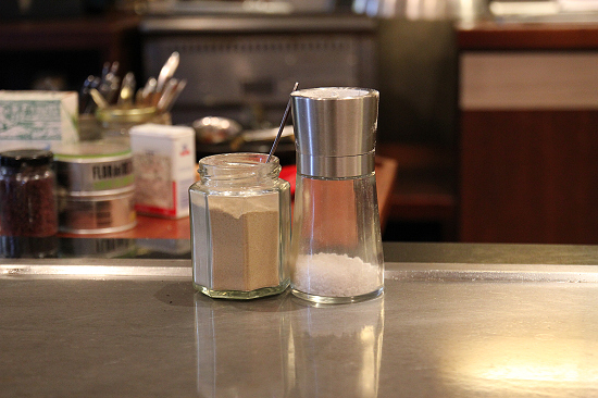 猶他州湖鹽與芥末胡椒鹽.jpg