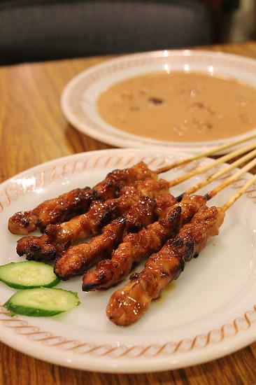 5串燒雞肉sate ayam.jpg