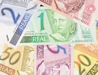 高盛公司說,熱錢大量湧入,即使巴西政府祭出資本管制也無法阻止國幣升值,巴西里爾可能是全球最被高估的貨幣。彭博資訊.bmp