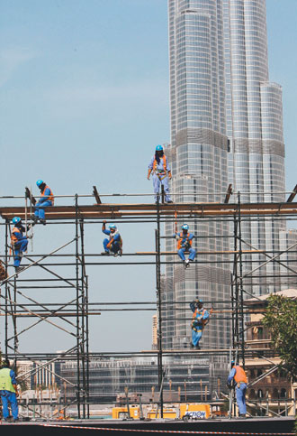 爆發債務危機後,杜拜許多進行中的建設,都可能停擺。歐洲圖片新聞社.jpg
