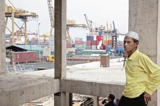 東南亞國協和中國的自由貿易區明年將正式成立,雖然東協各國對區內有近九成貨物免徵關稅甚表歡迎,但也擔心若干產業將無法抵擋中國來勢洶洶的競爭。(彭博).jpg