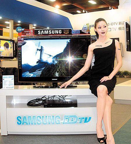韓系品牌三星(Samsung)勢力急速壯大,不少產品仍須對外採購,若能搶進供應鏈就能搭上急速成長的順風車,例如二極體廠台半(5425)在打入三星液晶電視(LCD TV)的二極體供應商後,出貨比重持續擴大,法人評估已佔了三星總需求量的70%、竄升至最大供應商的寶座。.jpg