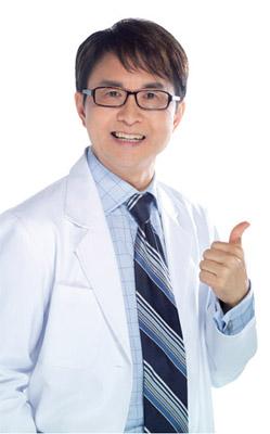 整形醫師師張炯銘說,微整形不用開刀,又可以變漂亮,術後照顧比較簡單。.jpg