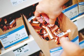 業者看準基本金屬的市場需求強勁,計劃推出專門投資基本金屬的原物料商品(ETC)。(彭博資訊).jpg