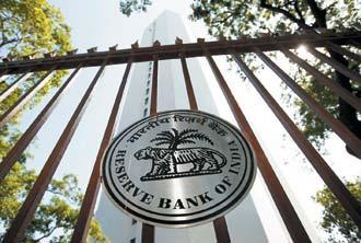 為對抗蠢蠢欲動的通貨膨脹,印度央行2日升息1碼,這是印度今年來第六度調升利率。(路透).jpg