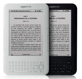亞馬遜公司宣布兩款新版Kindle電子書閱讀器,外型更輕薄,電池續航力更長達一個月,最低售價139美元,預定8月27日開始出貨。(路透).jpg
