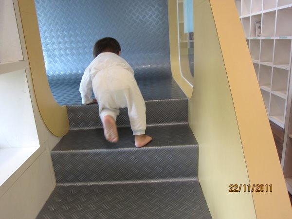 1122樓梯越爬越順手