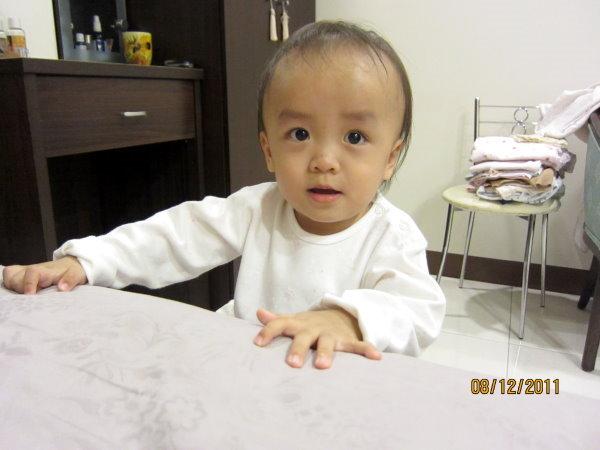 1208白淨Q嫩的小臉蛋
