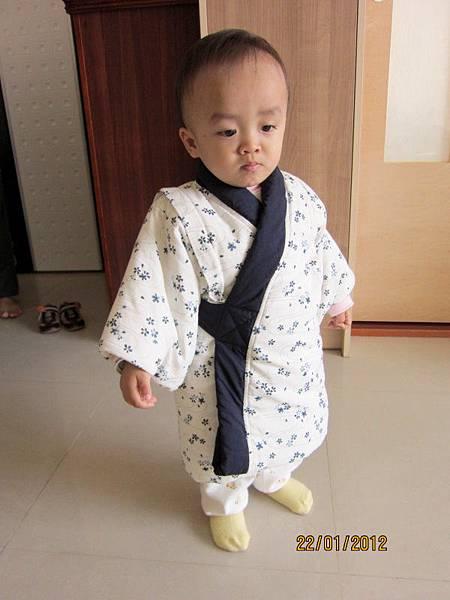 0122人家不想穿這麼厚的鋪棉和服