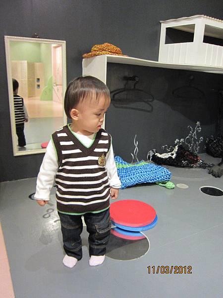 0311兒童美術館內有很多互動遊戲