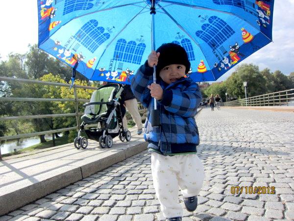 0929看我撐洋傘遮太陽