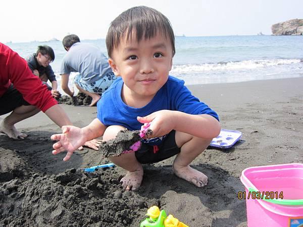 0301看我挖沙坑