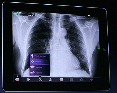 Yale medical school switching to iPad curriculum, Harvard medical school creating custom apps