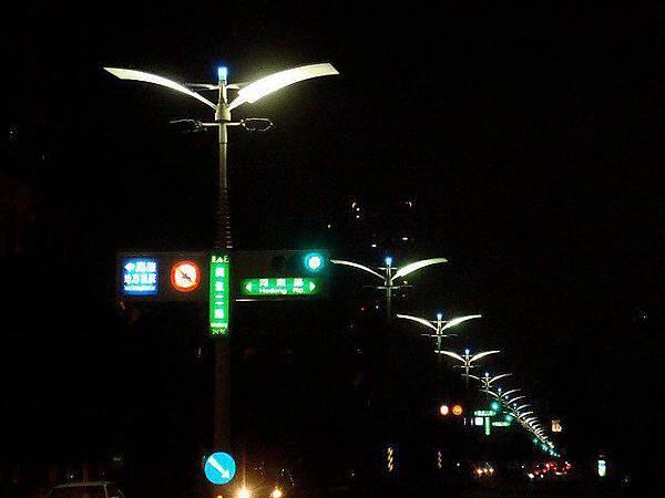 台灣交通號誌燈 即將全面LED化