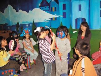 台北縣試辦活化課程,教學活潑生動,小朋友都愛上。