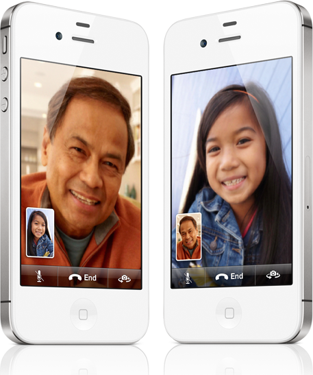 透過 Wi-Fi 無線網路連結 iPhone 與 iPhone、iPad 2、iPod touch 或 Mac,FaceTime 能讓你聞其聲亦見其人4。因此,即使分散大江南北,你們都能隨時相聚。進行 FaceTime 通話和打電話一樣容易。想看看誰,
