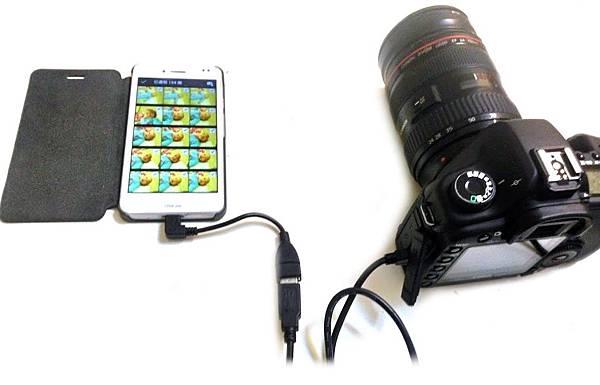 數位相機的記憶卡也行,這USB OTG真有趣呀!