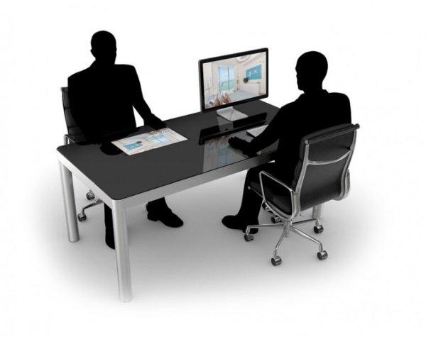 由瑞士ReMago設計公司與義大利CloudProject Generation科技公司所聯手開發的Sharetable智慧桌,號稱是「你的第一台電腦桌面」,電腦主機與相關線材都巧妙地收納在桌面、桌腳底下,桌沿並提供了五組USB連接埠、HDMI/VGA端口,還整合了3G/LTE、NFC、溫濕度感測等功能。