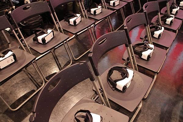 用VR上課,同學%26;老師在虛擬空間見! (5).jpg
