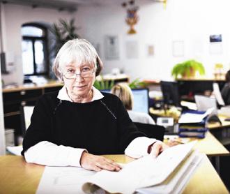 美國高曼獎日前公布,因車諾比核災而開創新能源供應的德國媽咪史拉黛克(Ursula Sladek)獲獎。
